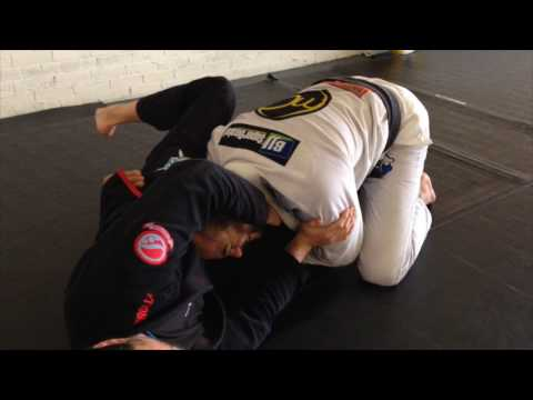 Over under pass counter with a collar choke